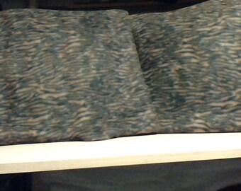 blanket & tiger pillows all fleece