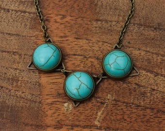 Turquoise - bronze-coloured necklace with 3 gemstone beads
