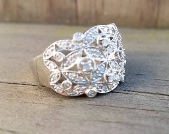 Diamond 18K Millegrained Ring Size 9