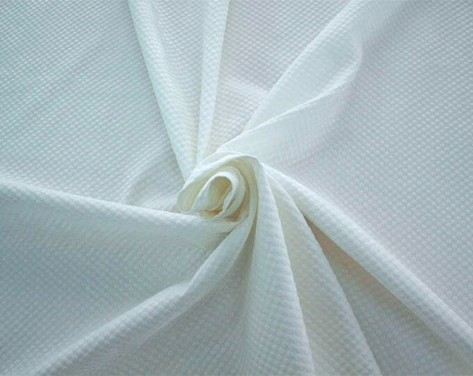 990061-001 Brocade, Co 53%, Pl 37%, Pa 10%, width 140 cm, made in Italy, dry cleaning, weight 279 gr