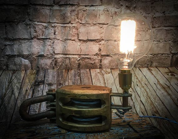 Vintage Wooden Pulley Block Table Lamp