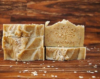 OATMEAL SOAP and goat milk. SOAP of Marseille, scrub, facial and body SOAP, handmade soap, wedding details,