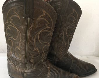 Gray men's cowboy boots made from real lizard leather, embroidered original vintage style western old boots retro boots has size - 11US.
