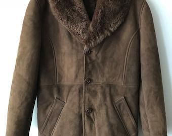 Sheepskin Warm Shearling Brown Coat Fur Collar Men Size Small.