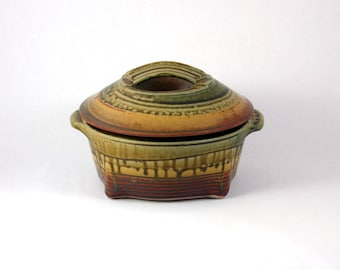 Handmade Pottery Casserole Dish, Ceramic Casserole Dish with Handles and Lid, Green, Red, Gold
