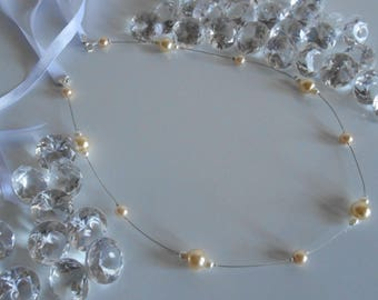 Simple and elegant bridal headband pearls white and yellow