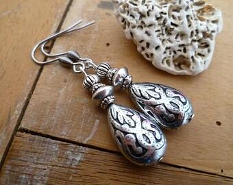 Boucles d'oreilles ethniques orientales gouttes, argent vieilli, inoxydable, idée cadeau femme, fête des mères, métal gravé