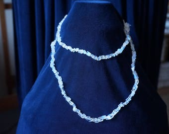 Beautiful 88cm  glowing blue-flash Moonstones Necklace