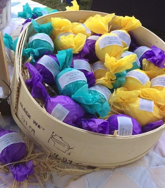 SALE!!!!! 3 for 10.00 bath bombs!!!!