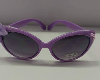 Toddlers retro cat eyed polka dot sunglasses