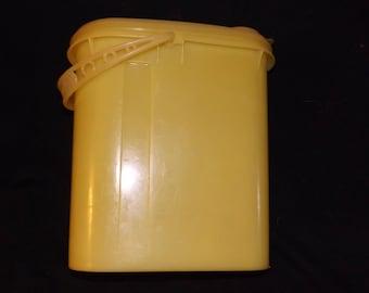 Vintage Tupperware Juice container