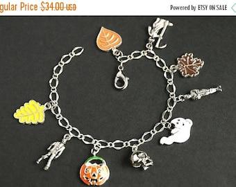 SUMMER SALE Fall Bracelet. Halloween Bracelet v6. Autumn Jewelry. Halloween Charm Bracelet. Silver Bracelet. Autumn Bracelet. Fall Jewelry.