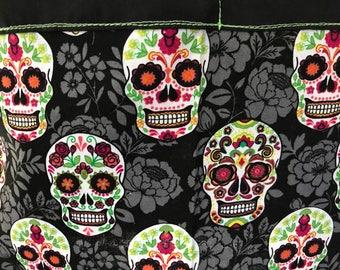 Sugar skulls apron / day of the dead / dia de los muertos / fancy skulls / adult half apron with pocket