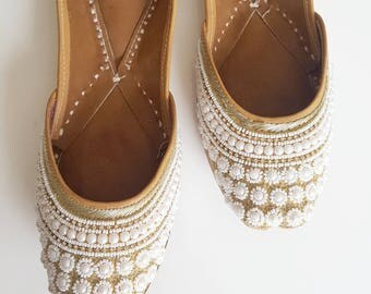 White Pearl and Gold Indian Leather Shoes - White and Gold Flats, Punjabi Juthi - Punjabi Jutti, Footwear, Gold Flats, Patterned Flat Shoes