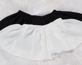 Black or white swing crop tops