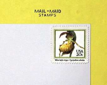 Yellow Lady's Slipper || Set of 10 unused vintage postage stamps
