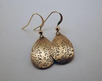 When the wind blows earrings - Handmade in bronze