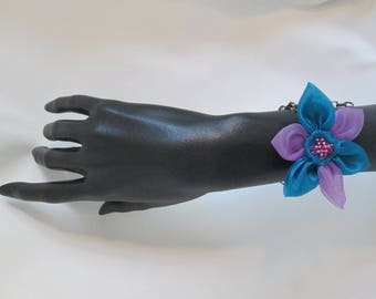 Bracelet with an organza flower and a Pearl heart on a bronze