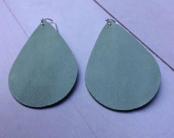 Teardrop leather earrings, green leather teardrop earrings, green leather earrings