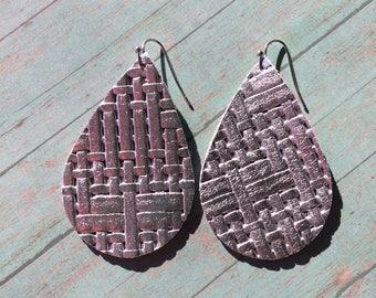 Teardrop leather earrings, silver  basketweave leather teardrop earrings, silver metallic leather earrings