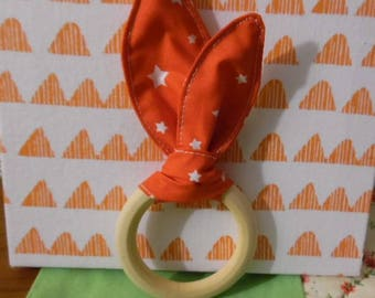 Ring and rattle ear rabbit