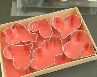 Vintage Wilton Hearts 7 Piece Cookie Cutter Set, Heart Shaped, Valentine's Day, Bridal Shower, Wedding Party Favor, Cake Decoration, Stencil