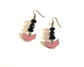 Pink diamond - wood and bronze arrow earrings