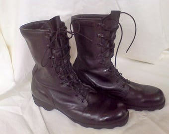Men's Combat Boots size 11 R, men's boots, military boots, army boots, black leather, work boots