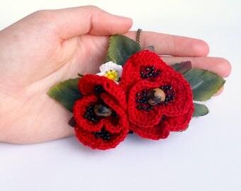 "Crocheted Necklace ""Poppy"""