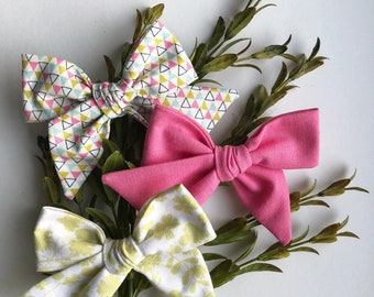 Girls Modern Easter Hair Bow | Modern Floral Cotton Bow | Girls Geometric Hair Bow | Clip and Headband | Sustainable Hair Bow