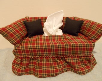 Homestead Red Check couch tissue box cover.
