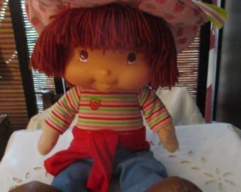 Strawberry Shortcake Talking and Singing Doll