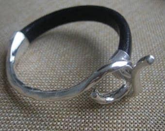 Half metallic - silver - connector bracelet - A084 clasp bracelet