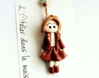 Girl skirt and boots Brown necklace
