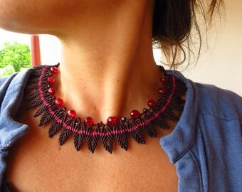Macrame necklace. Boho chic Choker. Elegant Bordeaux for party, handmade necklace. Macrame necklace, macrame choker