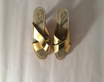 GOLDEN leather clogs   criss cross leather and suede high heel clogs   platform clogs   size 38