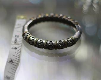 90's Black & Gold Bracelet