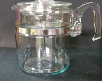 Vintage stove top pyrex percolater coffee maker 9 cup. very good vintage condition.