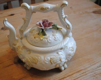 Vintage Capodimonte Tea Pot With Rose Petals Embossed Fine Decoration 1225  Pink Rose Petal Decoration
