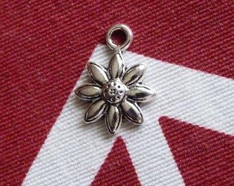 Sunflower Charm, Flower Bracelet Charms, Necklace Charms, Necklace Connectors, Silver Tone Flower Charms, Bracelet Connector