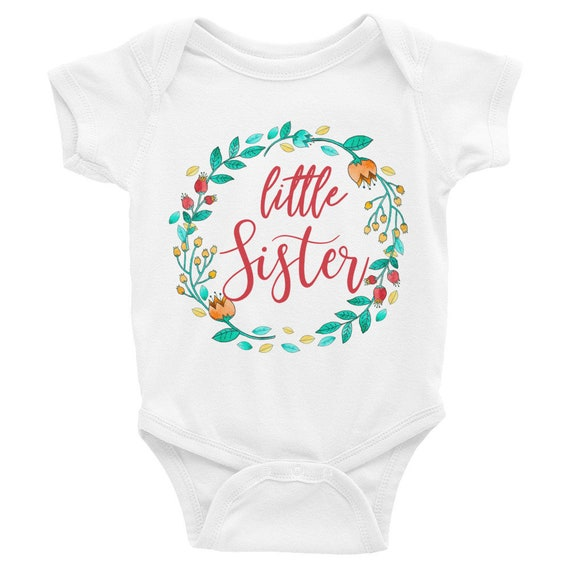 Little sister baby onesie, floral wreath, floral onesie, flower baby, baby girl onesie, floral bodysuit, floral newborn, little sister shirt