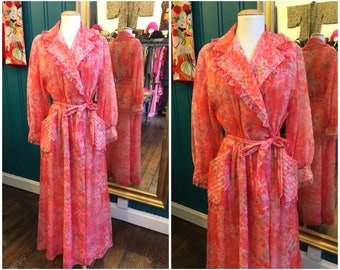 """1950s Pink Floral Robe Dressing Gown W31"""" Medium UK12"""