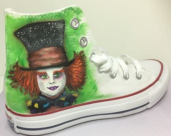 Converse dipinte a mano - Converse handmade painted Alice Wonderland Mad Hatter Cappellaio personalized
