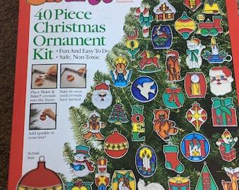 Set of 26 Makit & Bakit Sun-catchers Christmas Ornaments Colors Baking Crystals, Original Box, Vintage Christmas Ornaments, Suncatcher