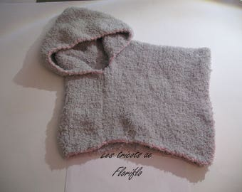 Poncho or cape baby size 3 months pink lined gray