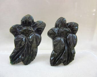 On Sale - Beautiful Carved Creamed Spinach Bakelite Clips - Book Pieces