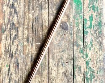 Elégante canne africaine, possiblement bois de Wenge ou Ebène - Elegant African walking stick, possibly Wenge or Ebony wood
