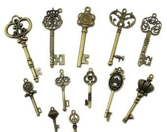 Vintage skeleton keys - set of 25