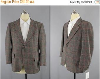 SALE - Vintage 1960s Blazer / 60s Cashmere Grey Plaid Jacket / Wool Sports Coat / Strathmore / Mid Century Mad Men