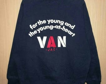 Rare!! Van jac For The Young And The Young At Heart Spellout Embroidery Pullover Jumper Sweatshirt Size L